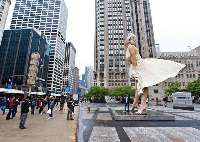 Чикаго. Скульптура Мэрилин Монро. Фото: Timothy Hiatt/Getty Images