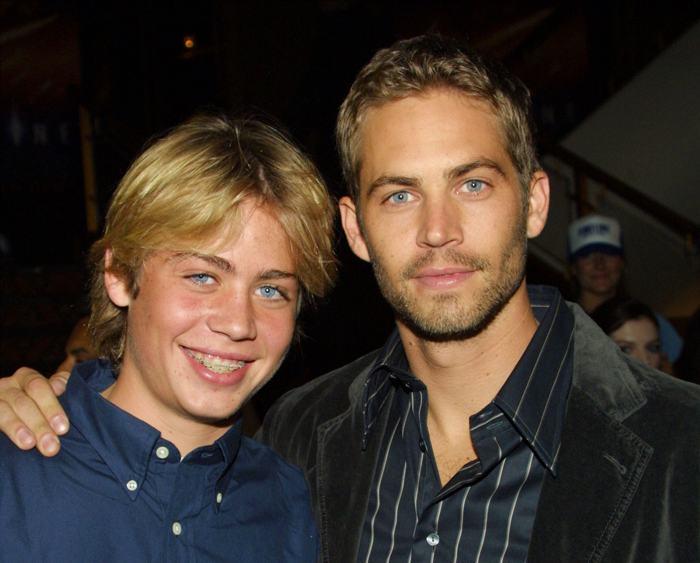 Пол Уокер и его брат Коди Уокер на премьере фильма в Калифорнии (США) 19 ноября 2013 года. Фото: Frederick M. Brown/Getty Images