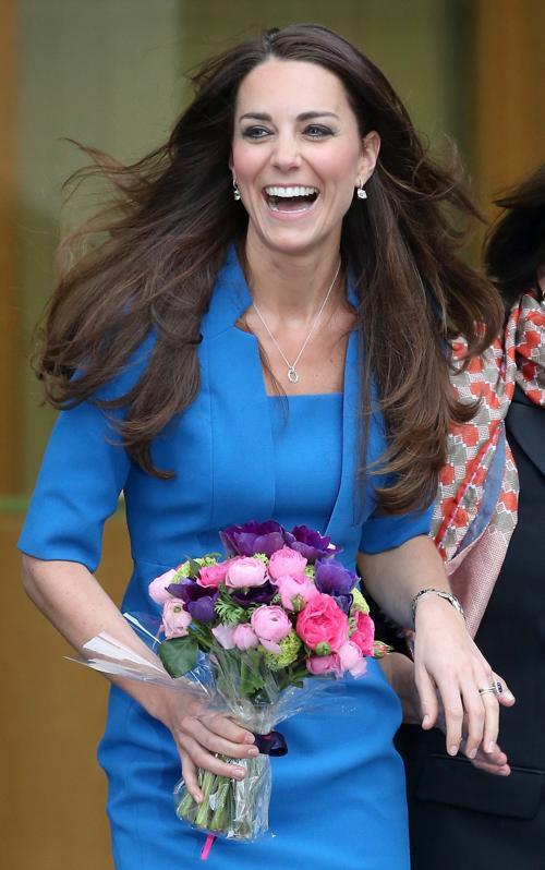 В День всех влюблённых, 14 февраля, герцогиня Кембриджская посетила открытие класса искусств в лондонской школе «Нортхолт». Фото: Chris Jackson/Getty Images