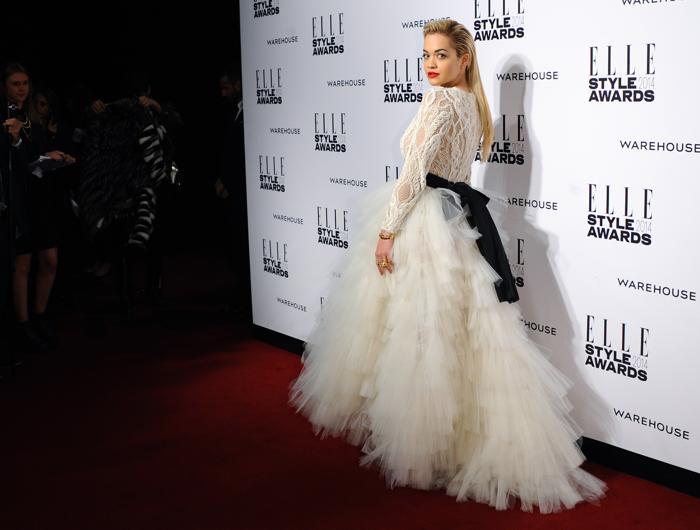 Рита Ора прибыла на церемонию вручения модной премии ELLE в Лондоне 18 февраля 2014 года. Фото: Anthony Harvey/Getty Images