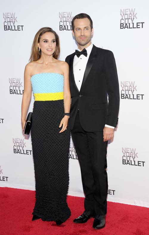 Актриса Натали Портман и её муж, хореограф Бенджамин Мильпье, на открытии балетного сезона в Нью-Йорке 19 сентября 2013 года. Фото: Jamie McCarthy/Getty Images