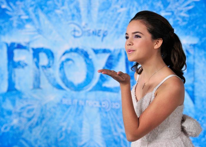 Актриса Бэйли Мэдисон на премьере мультфильма «Холодное сердце» от анимационной компании «Уолт Дисней» в Голливуде 19 ноября 2013 года. Фото: Frazer Harrison / Getty Images