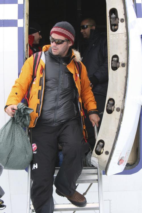 Актёр Доминик Уэст прибыл 22 ноября 2013 года на базу «Ново» в Антарктиде в составе экспедиции на Южный полюс. Фото: WWTW via Getty Images