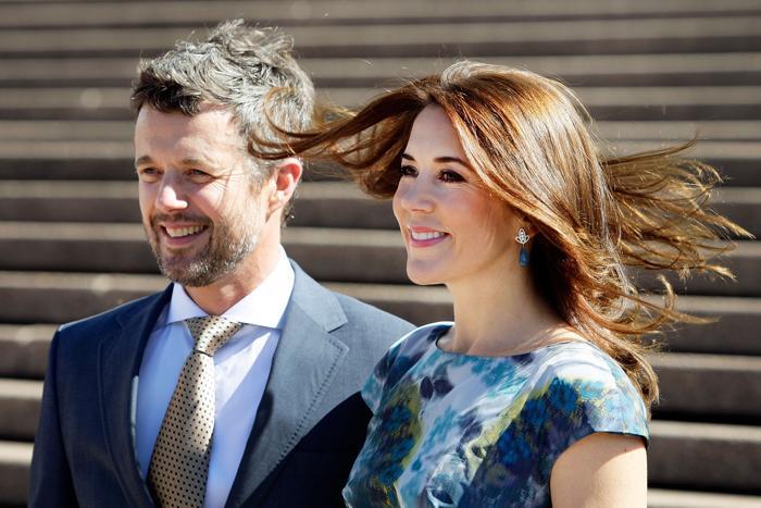 Кронпринц Дании Фредерик и его супруга, кронпринцесса Мэри, прибыли в столицу Австралии в честь 40-летия Сиднейского оперного театра 23 октября 2013 года. Фото: Lisa Maree Williams / Getty Images