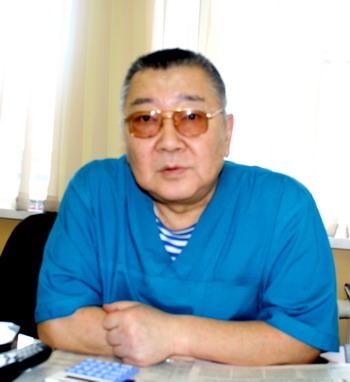 Врач-онколог Феликс Ким: «Я понял, что руки опускать перед болезнью не буду»
