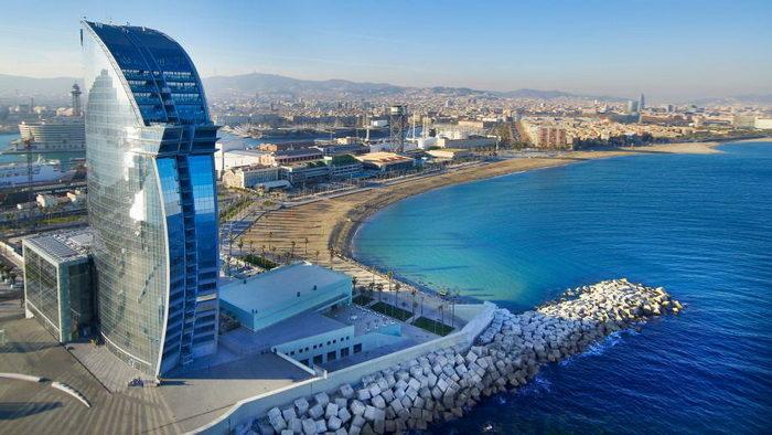 Жемчужина Испании Барселона ждёт вас