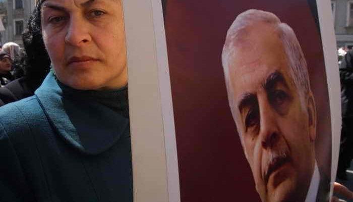 Сыновья Звиада Гамсахурдия просят расследовать дело о смерти отца
