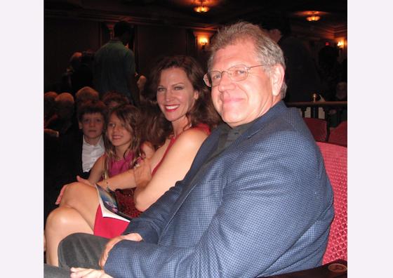 Известный режиссёр Роберт Земекис и его супруга Лесли Земекис посетили Shen Yun Performing Arts 29 марта в Театре Granada в Санта-Барбаре, Калифорния. Фото: Yaning Liu/Epoch Times