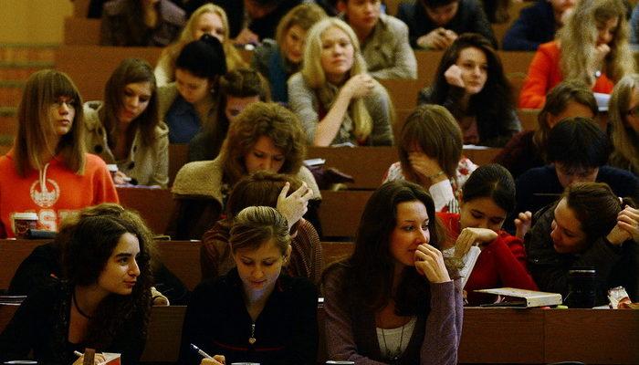 В педколледжах Москвы нет набора на бюджетные места