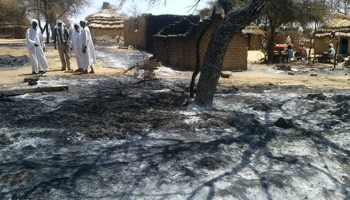 Вспышка насилия в Дарфуре сделала беженцами более 200 тысяч человек