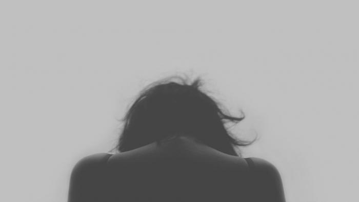 Послеродовая депрессия: как бороться?