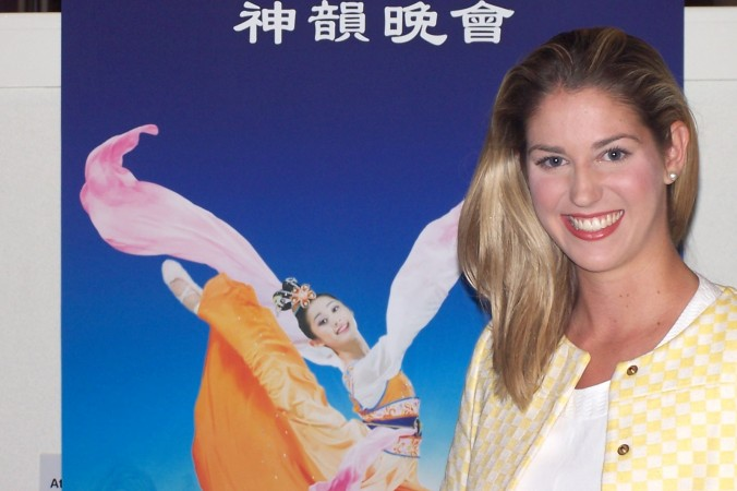 Николь Роулс побывала на выступлении Shen Yun Performing Arts в Центре искусств Голд-Кост 25 апреля. Фото: Laurel Andress/Epoch Times