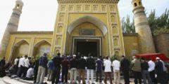 Губернатор Синьцзяна: исламисты запретят смех и слёзы