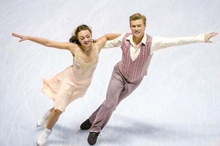 Екатерина Рязанова и Илья Ткаченко в короткой программе на ЧМ по фигурному в канадском Лондоне, 14 марта 2013 года. Фото: BRENDAN SMIALOWSKI/AFP/Getty Images
