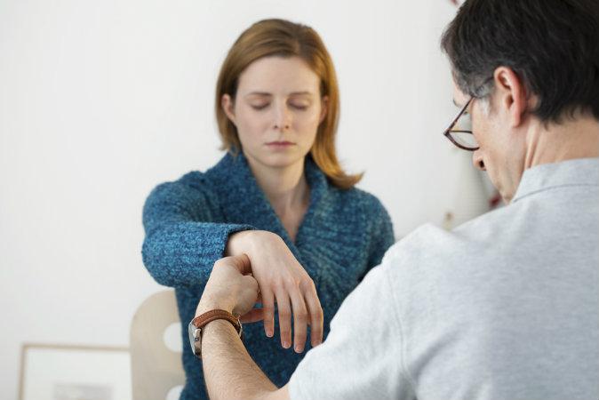 Использование гипноза. Фото: Shutterstock*