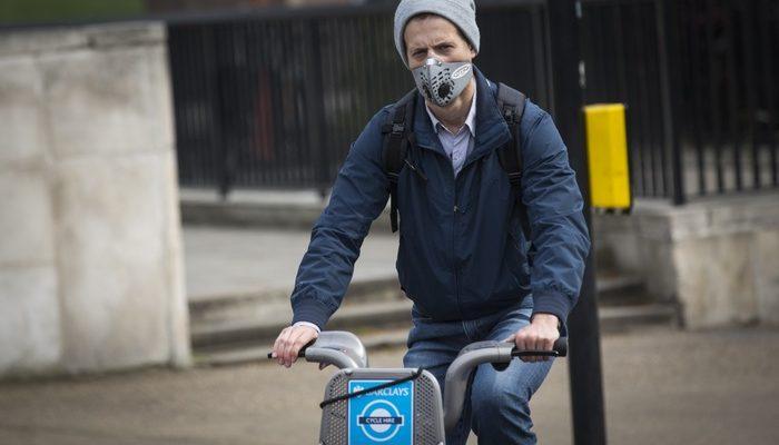 Школьников Лондона не выпускают на улицу из-за загрязнения воздуха