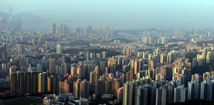 Китайцы всё больше инвестируют в зарубежную недвижимость. Фото: ANTONY DICKSON/AFP/Getty Images