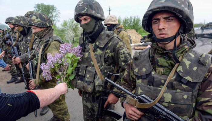 Киев намерен провести военные операции в других городах Украины