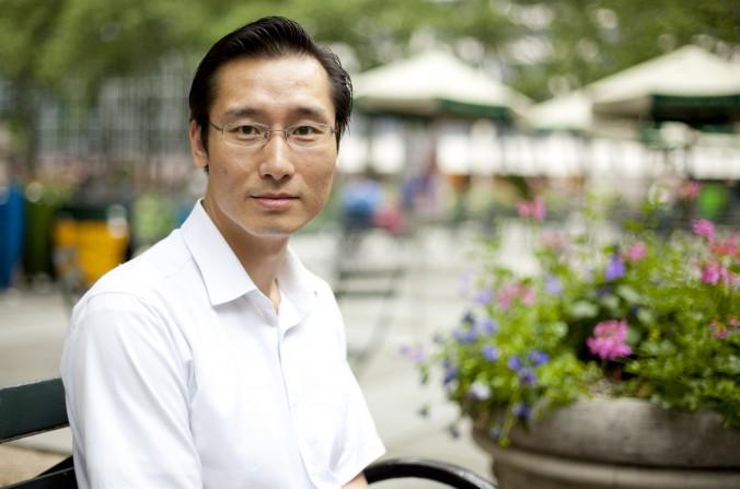 Юй Чао в Брайант-парке, Нью-Йорк, 24 мая 2013 года. Фото: Samira Bouaou/ Epoch Times Staff