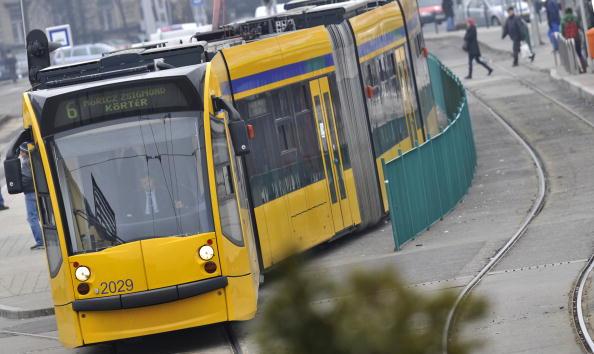 Трамваи нового поколения в Москве. Фото: ATTILA KISBENEDEK/AFP/Getty Images
