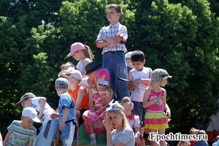 Юным жителям столицы выделят льготные путёвки в летние лагеря. Фото: Юлия Цигун/Великая Эпоха