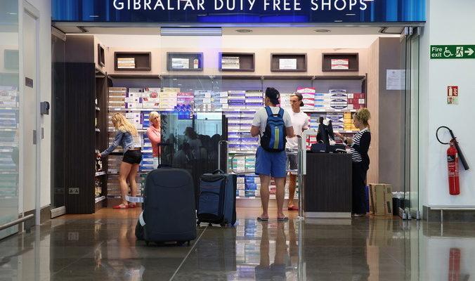 Россияне лидируют по сумме затрат в магазинах беспошлинной торговли