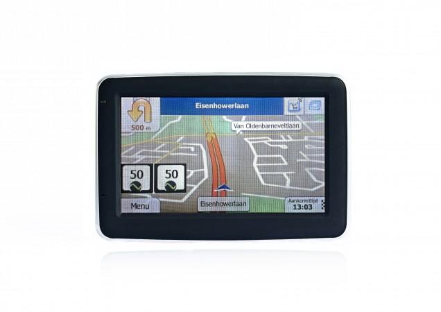 Пробная навигационная система, подсказывающая водителю скорость, с которой надо ехать, чтобы избежать остановки на красный свет. Фото: RDSA.nl
