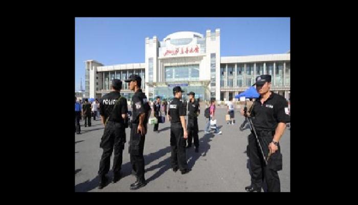 Взрыв потряс железнодорожный вокзал в Синьцзяне