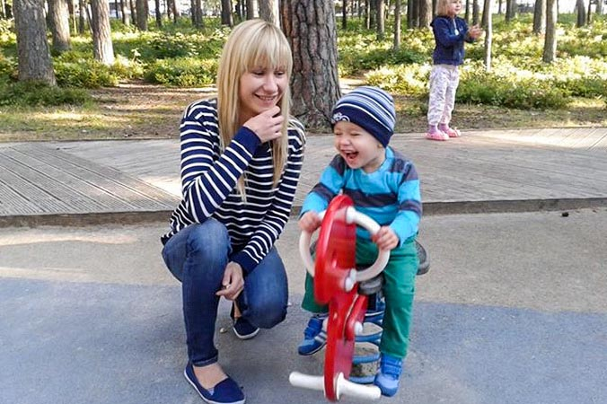 Современная мама. Фото: Наталья Громозда/Великая Эпоха