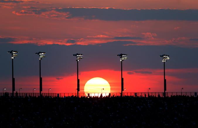 Учёные утверждают: активность Солнца — причина появления молний. Фото: Jeff Zelevansky/Getty Images