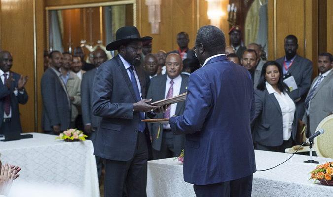 Президент Южного Судана и лидер оппозиции заключили соглашение о перемирии