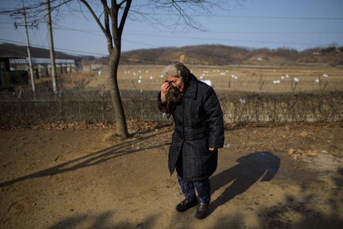 Власти Северной Кореи серьёзно нарушают права своих граждан. Фото: ED JONES/AFP/Getty Images