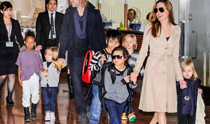 Брэд Питт и Анджелина Джоли подарили дочери скейт-парк