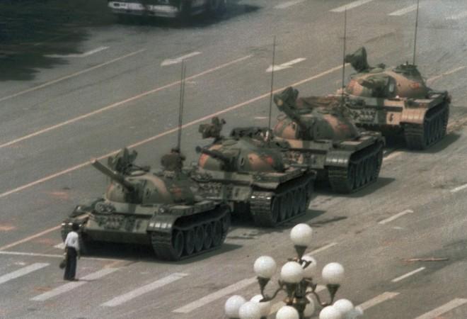 Фотообзор: События 4 июня 1989 года на площади Тяньаньмэнь