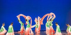 На концерте Академии танца «Фэй Тянь»