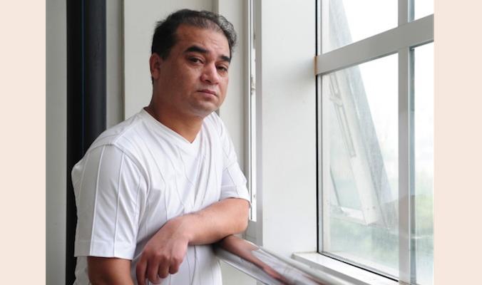 В Китае уйгуры заключены в виртуальную тюрьму