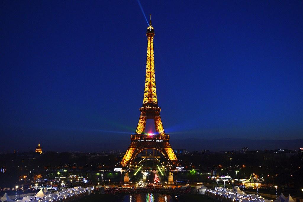Париж, Эйфелева башня, забастовки, Франция