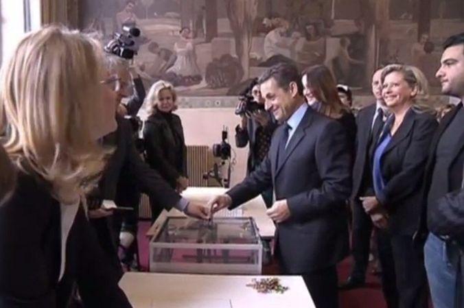 Бывший президент Франции Николя Саркози задержан для допроса по делу о коррупции