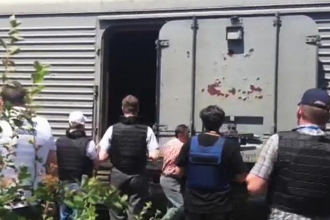Тела погибших вывезли с места крушения малазийского лайнера