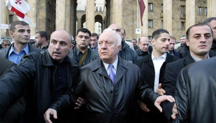 Экс-президент Грузии Эдуард Шеварнадзе умер на 87-м году жизни