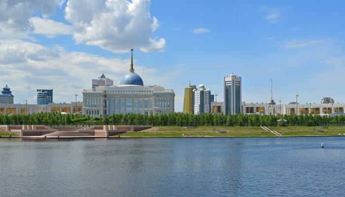 Казахстан отменил визовый режим для десяти стран