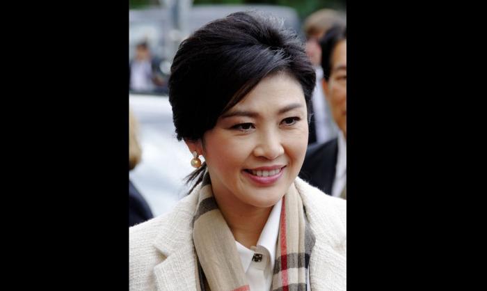 Военные разрешили бывшему премьеру Таиланда выехать из страны
