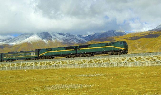Китай построит железную дорогу на спорной индо-пакистанской территории