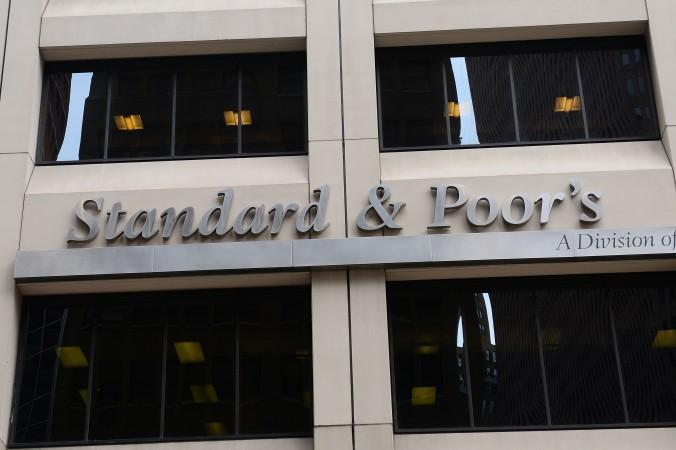 Знак рейтингового агентства Standard & Poor's, Нью-Йорк, 18 сентября 2012 года. Фото: AFP photo/Emmanuel Dunand