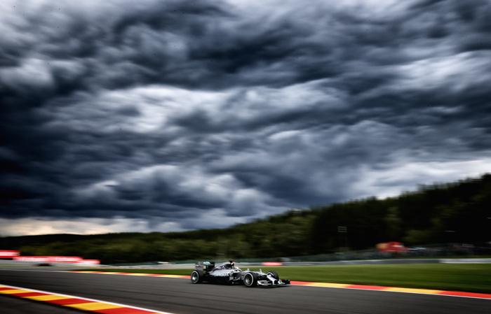 Льюис Хэмилтон из Великобритании накануне Гран-при Бельгии. Фото: Clive Mason/Getty Images
