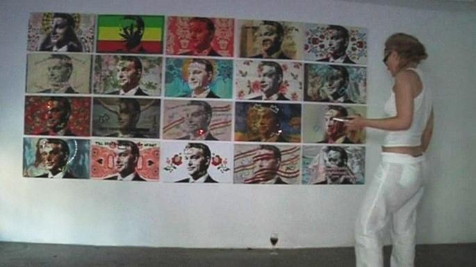 Венгерская художница нарисовала сотню портретов премьер-министра Орбана в стиле поп-арт