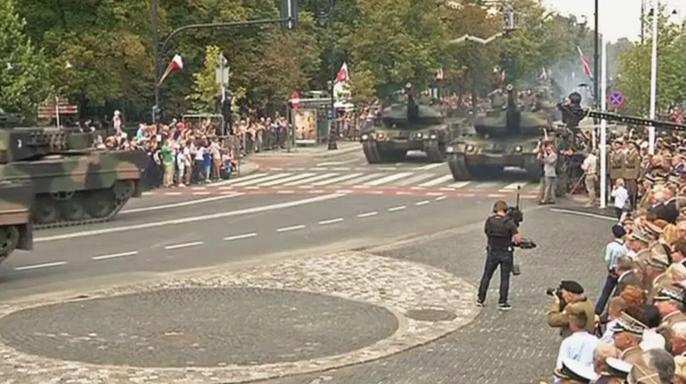 В день праздника Войска Польского в Варшаве говорили об Украине и России