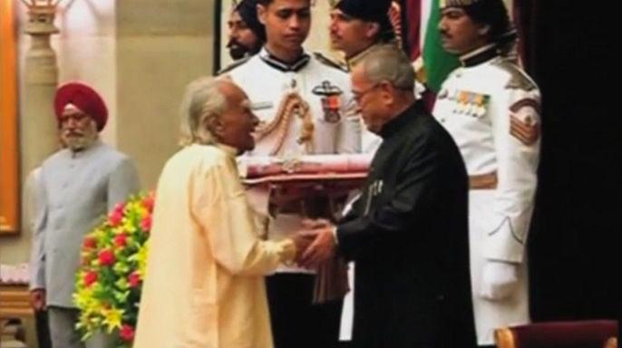 В Индии в возрасте 95 лет скончался один из ведущих мастеров йоги Айенгар