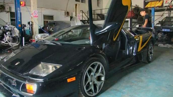 Китайские энтузиасты воссоздали «машину мечты» Lamborghini в собственном гараже