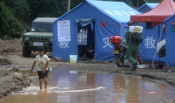 Помощь жертвам катастрофы в Юньнане осела в карманах чиновников